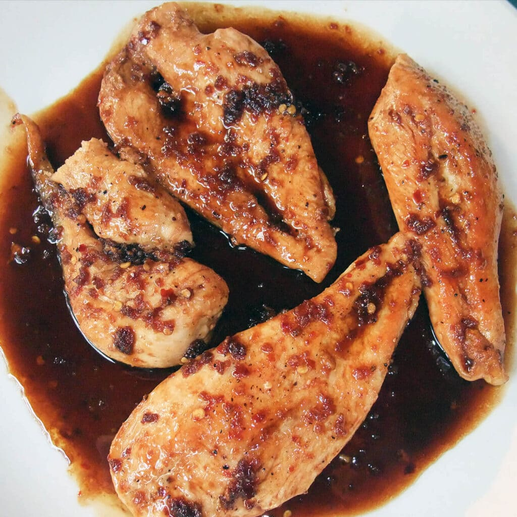 Easy Chicken in Garlic Sauce with sherry and soy is fast and healthy!