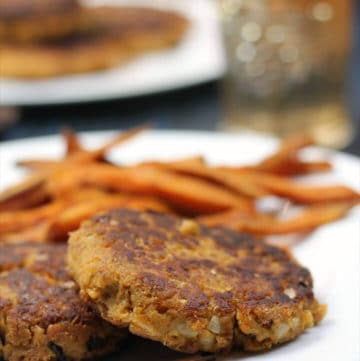 Salmon patties on a plate ready to eat!