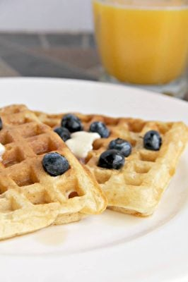 Buttermilk Waffles – Just Like the Diner!