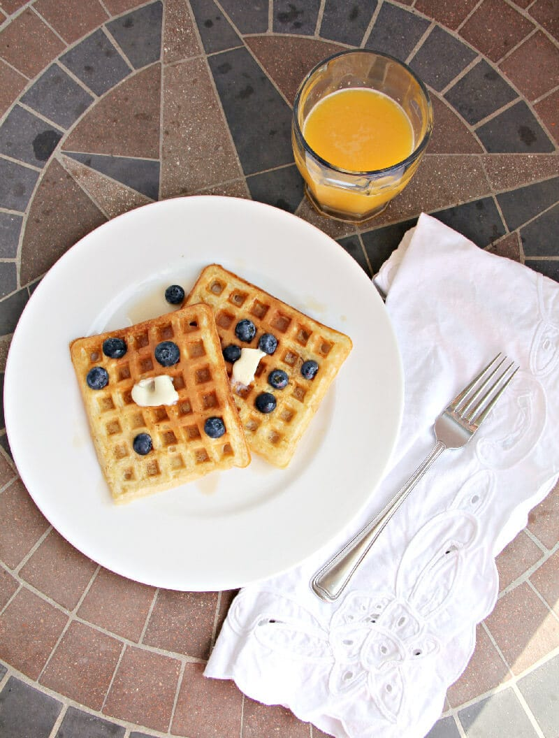Buttermilk Waffles--Just like the waffles from the diner!