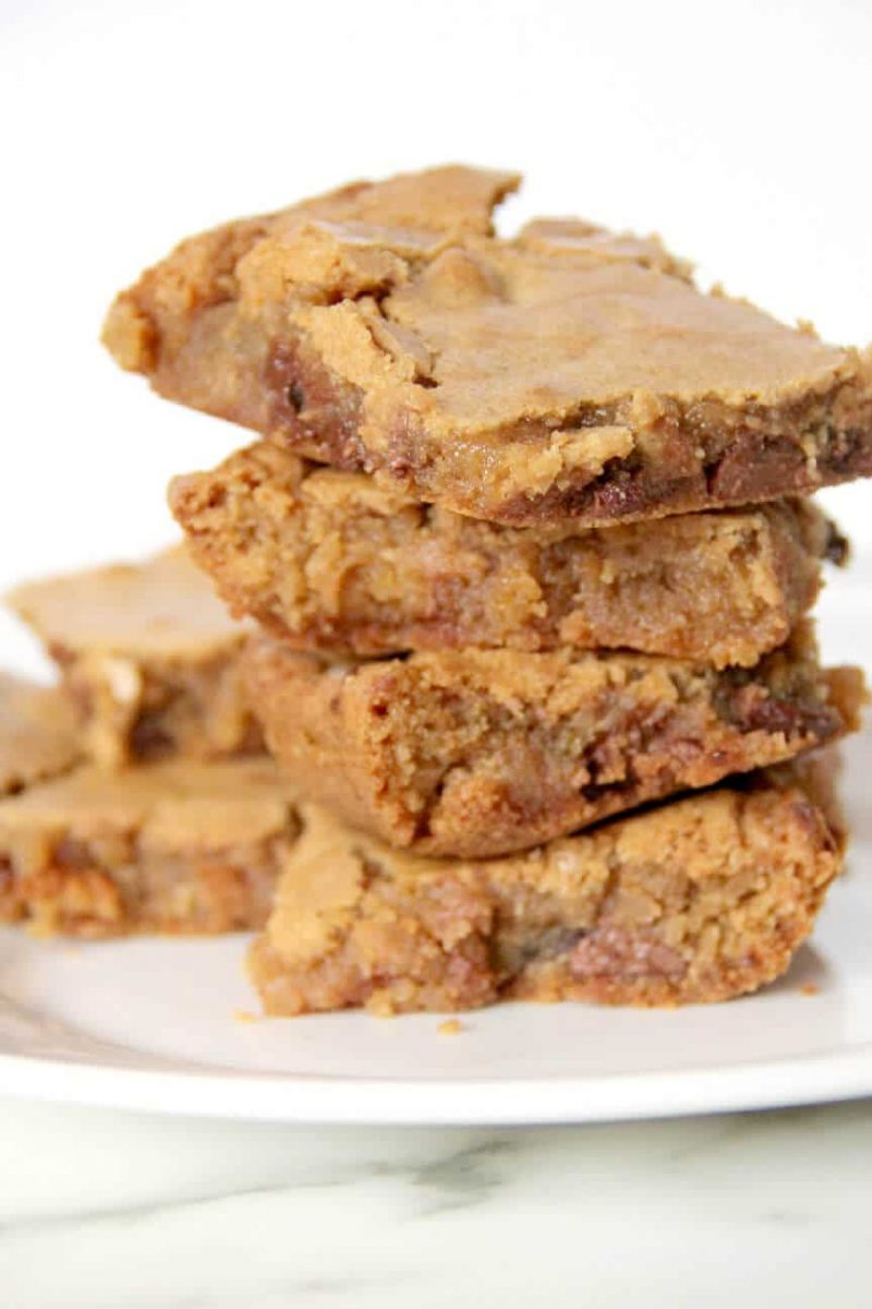 Blondies Recipe — Simple and Foolproof!