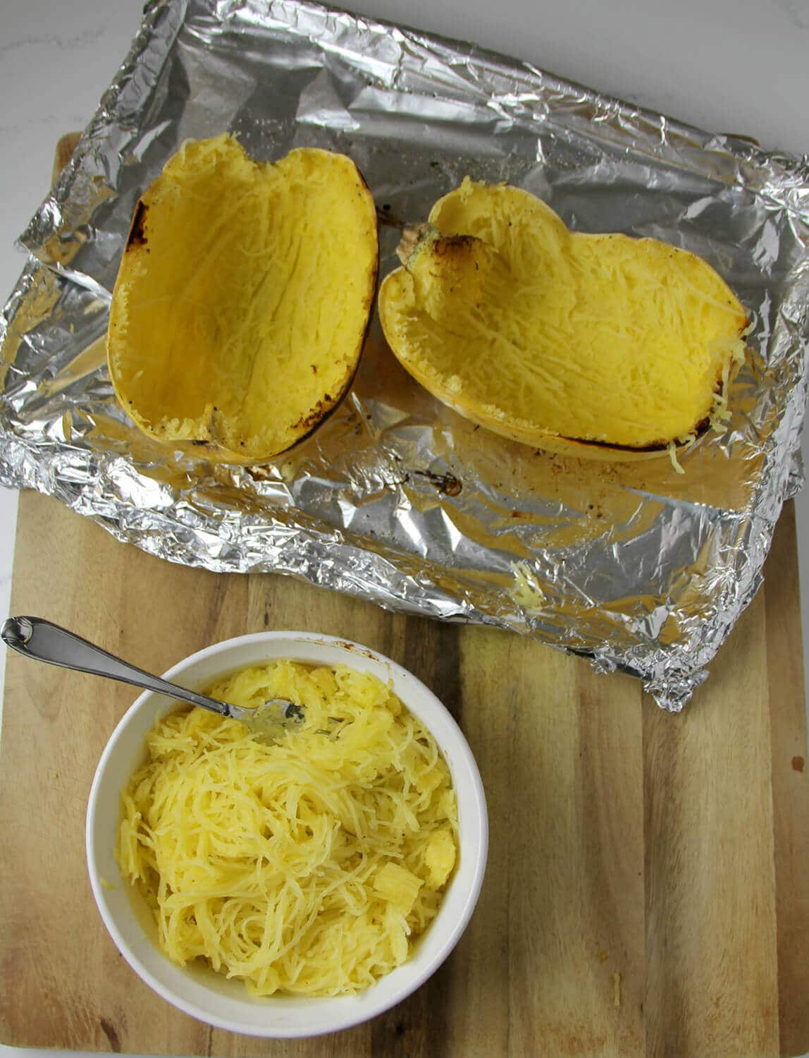 Roasted Spaghetti Squash is a healthy alternative to carb-heavy dishes like pasta and rice. It's nutritious and delicious and super easy to prepare!
