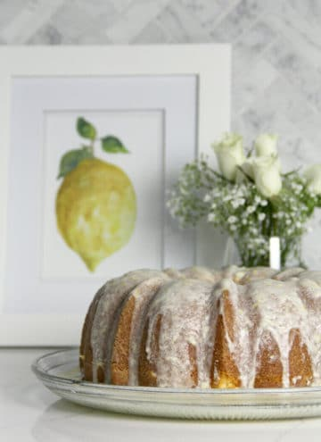 Lemon Pound Cake with Lemon Glaze is super easy and lemony fresh delicious!