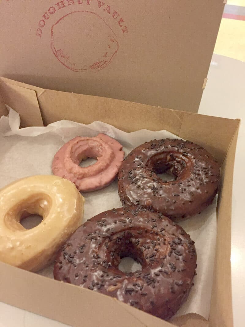 Chicago Food Guide featuring Doughnut Vault doughnuts