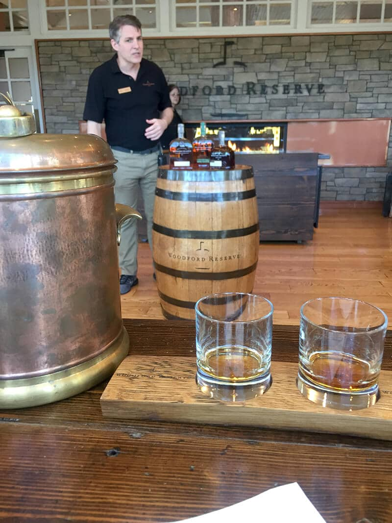 Kentucky Travel Guide showing The bourbon tasting room at Woodford Reserve Distillery.