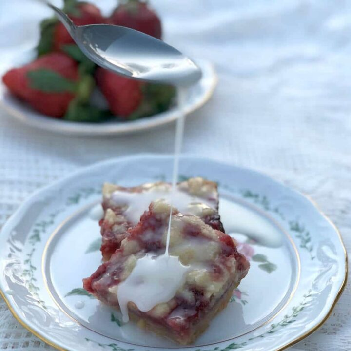 Strawberry Bars with Lemon Glaze