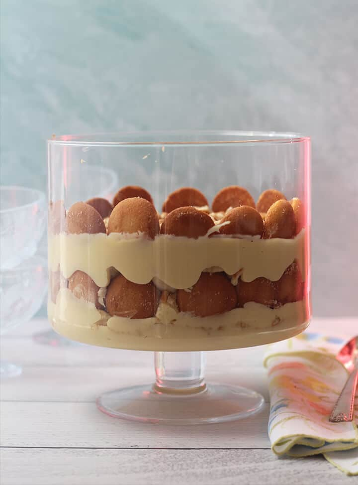 Side photo of a trifle dish filled with Southern Banana Pudding.