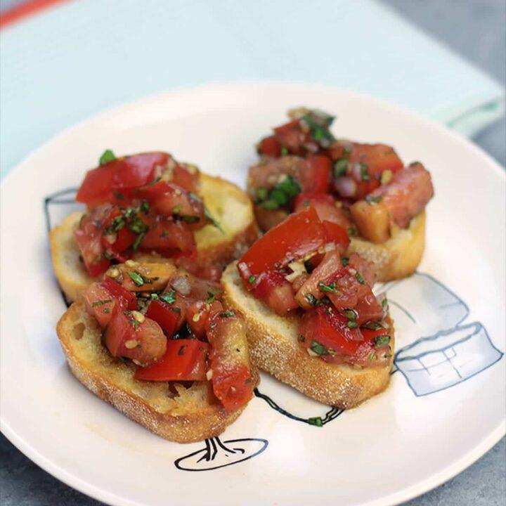 Bruschetta with Fresh Tomatoes and Herbs