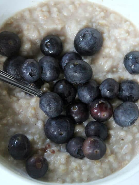 Brown sugar oatmeal is easy and a great make ahead breakfast. You can freeze this oatmeal for a quick, nutritious morning meal!